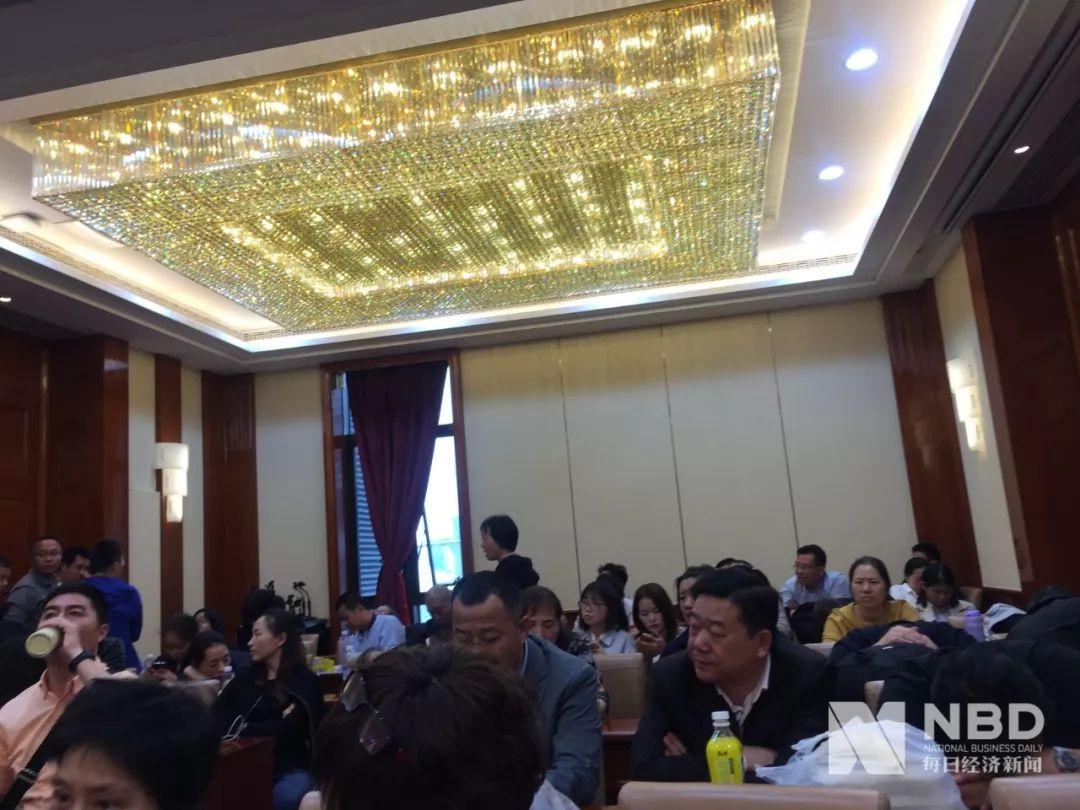 腾信国际官方网站·香港楼市下行压力增大:卖房要招标 买房可先住后付