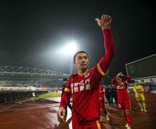 亚泰老臣范晓冬:很遗憾一年没踢球,期待未来继续奔跑