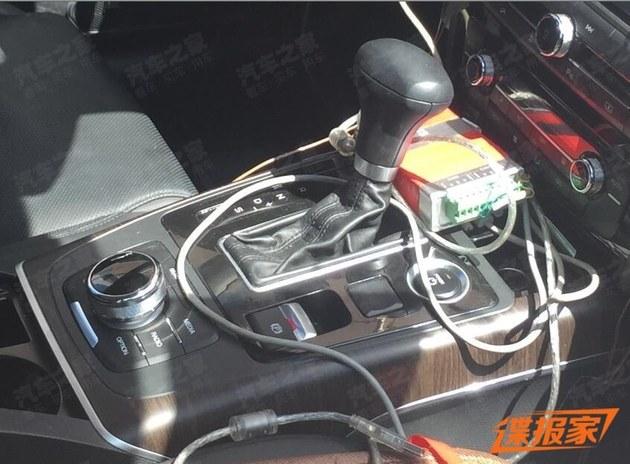 外观与汽油版相同 瑞风A60插电混动谍照