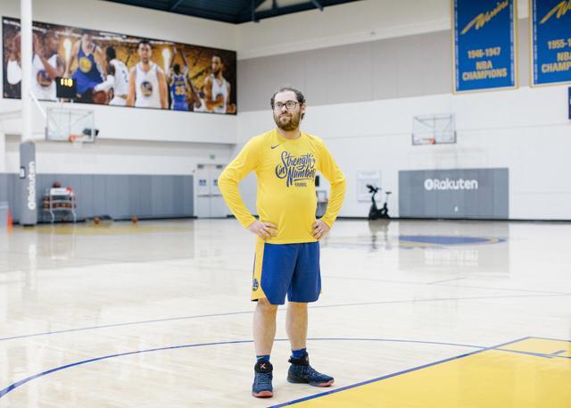 幕后NBA:勇士王朝的重要成员 他是科尔的左脑