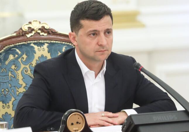 乌克兰总统就职百日 透露与普京两次通话细节