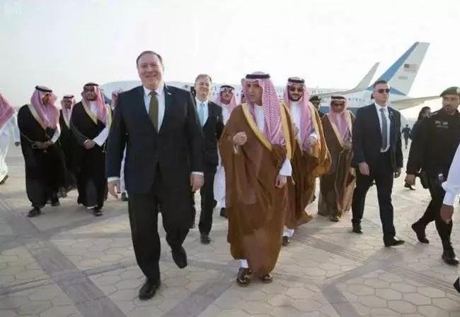 ▲4月28日,美国国务卿蓬佩奥抵达沙特阿拉伯首都利雅得,展开上任之后首次中东之行。(美联社)