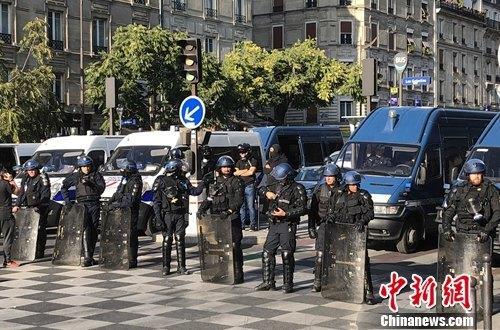 巴黎多场示威游行万余人参与 163人被捕
