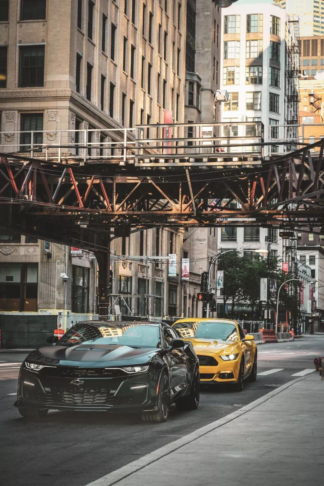 恶棍——福特Mustang & 雪佛兰Camaro