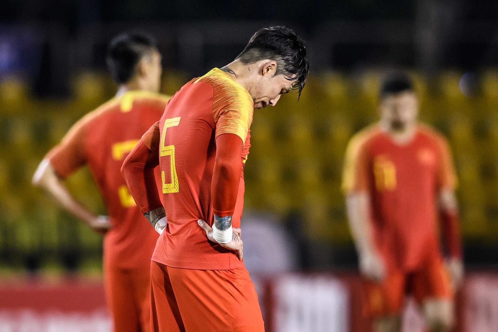 """三叉戟""""哑火"""" 世预赛国足客场0比0憾平菲律宾"""