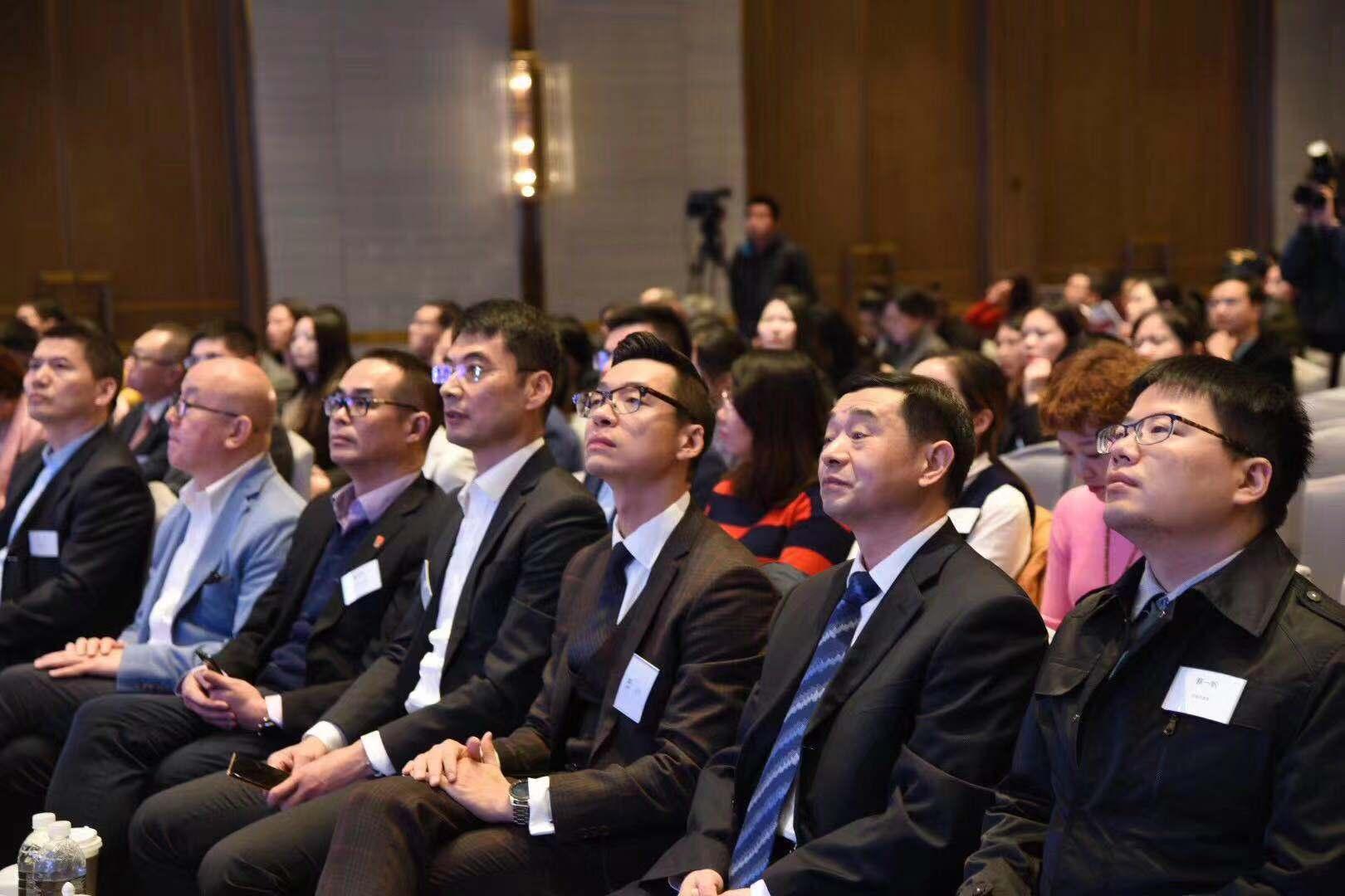 广州搬运公司帮忙230万人次实现就业,上海这个区的人力资源