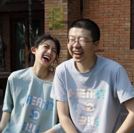李诞和女朋友