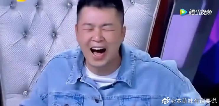 TFBOYS王源模仿娜姐菠萝菠萝蜜,唱出了另一种风格,可爱源
