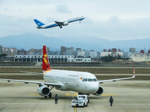 预计全球航企净利缩水42亿美元:油价高涨 购买飞机