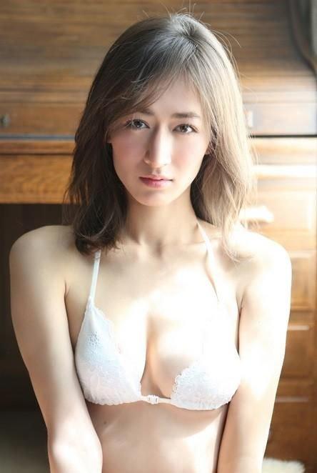 日本第一美臀宫河麻耶 东方脸庞欧美身材完美结合