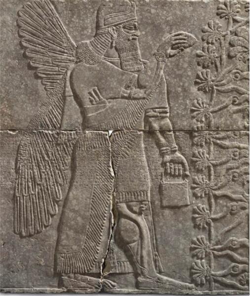即将被拍卖的亚述艺术品,描绘了一位亚述神祇 图片来源:CNN