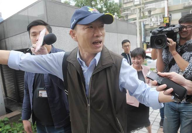 韩国瑜最后一刻欲参选台北市长?疑因未交自传告吹