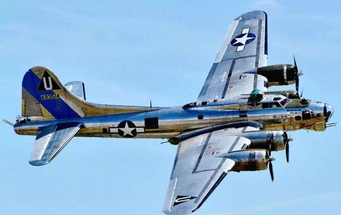 B-17轰炸机资料图