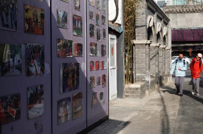uedbet界面-真实却微妙的日本街头,都被这位摄影师偷偷拍下了!