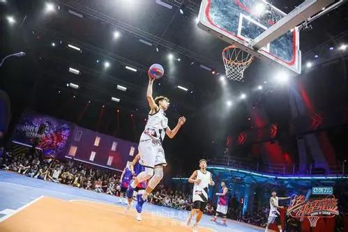 """终于不再是""""娘炮""""!这部综艺充满了男性荷尔蒙,让我爱上了篮球!"""