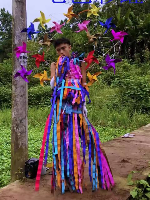 乡村维密秀之七色彩虹