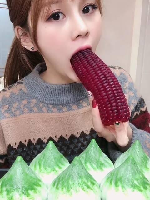 爱吃的小兔子 火龙果玉米果冻