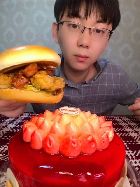 KFC火鸡汉堡、哈根达斯花火蛋糕
