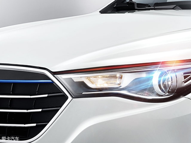 奔腾X40 EV400正式上市 售18.38万元起