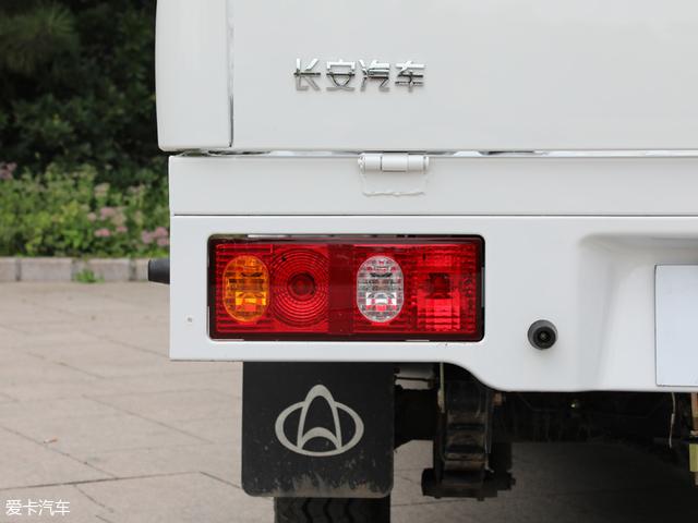 城市运输新贵 爱卡实拍神骐F30 单排版