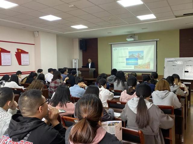 孔孟之乡文化济宁名校人才直通车开进青岛烟台 达成就业意向1220人