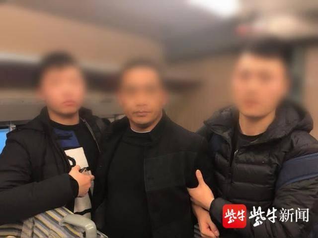 """""""小龙虾""""竟成贩毒暗语 南通警方摧毁一贩毒网络缴获冰毒1公斤"""