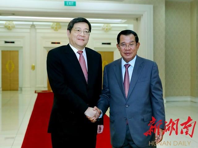 柬埔寨首相洪森会见杜家毫