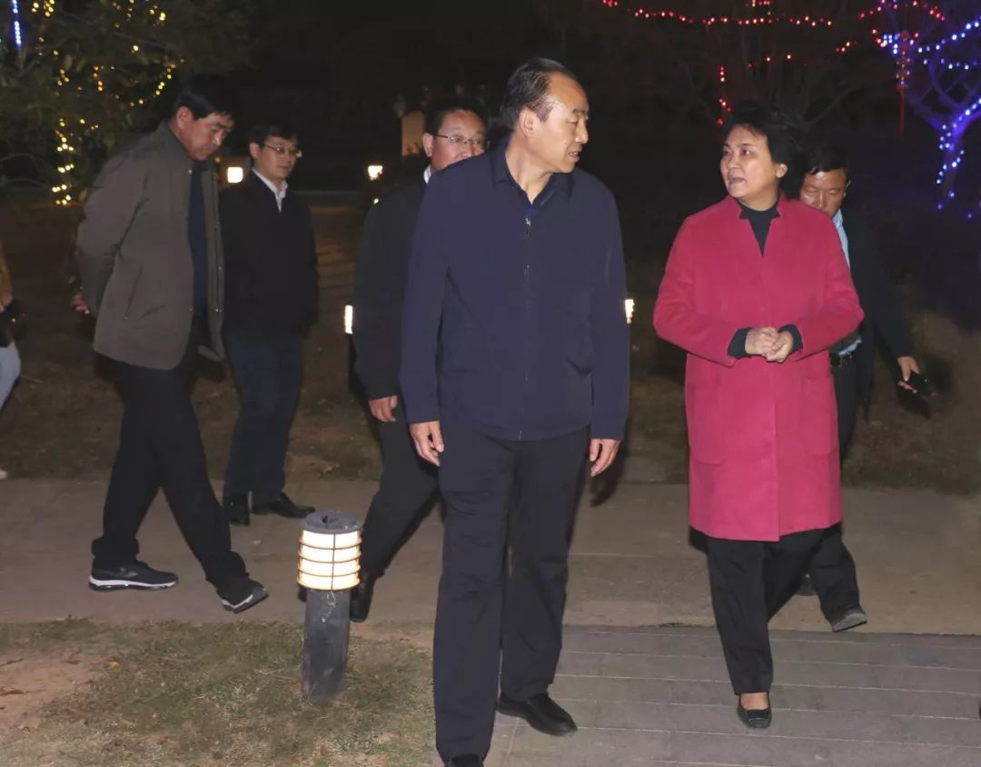 甘肃省临夏州和政县党政代表团来珠山区考察交流