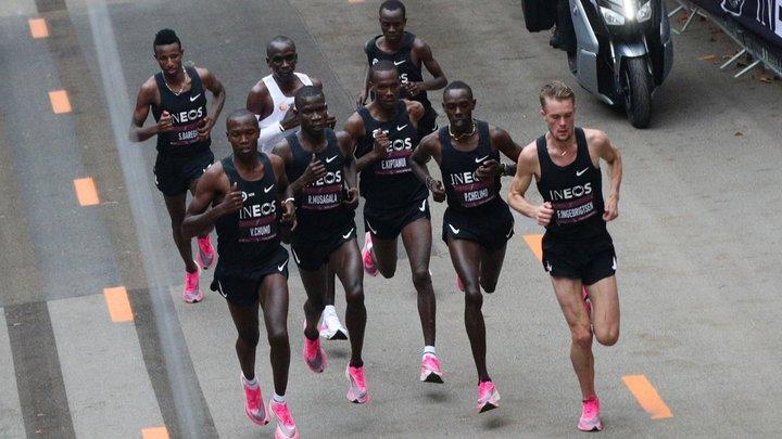 李宁飞电跑鞋体验:跑步的意义,有人为了「破二」,有人为了「突破自己」