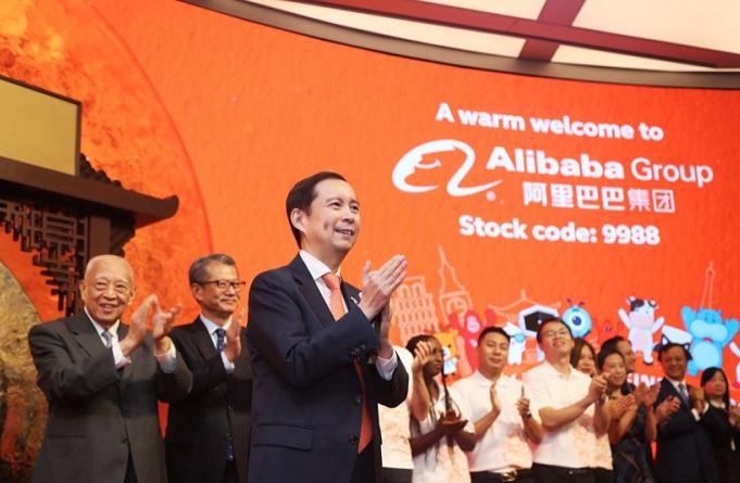 「万达娱乐直属登录」新中国华诞,与军运会同行,硚口举办庆祝新中国成立70周年文艺晚会