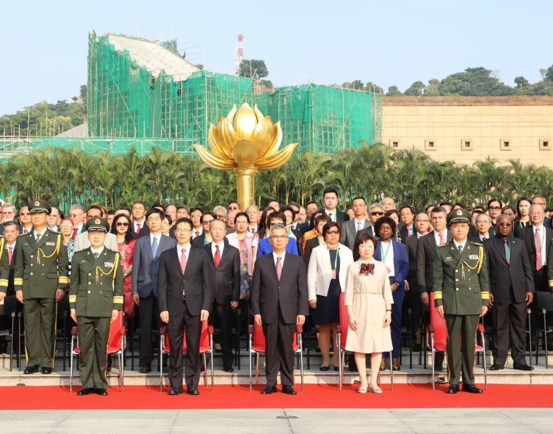 澳门特区政府举行庆祝中华人民共和国成立70周年升旗仪式