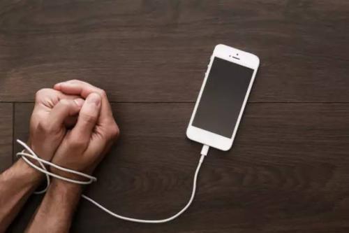 世卫组织专家发文:手机上瘾是一种精神障碍