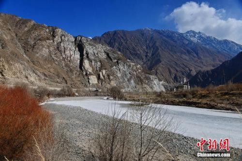 资料图:祁连山自然保护区 武雪峰 摄