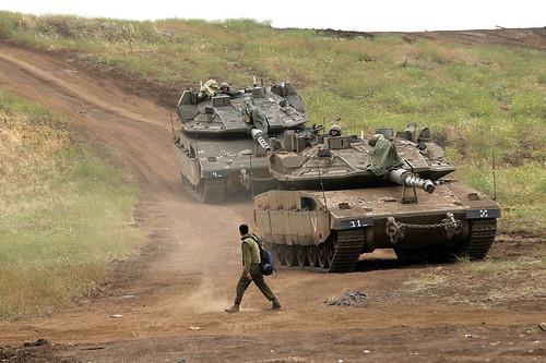 以色列军队7日在占领的叙利亚戈兰高地举行军演(法新社)