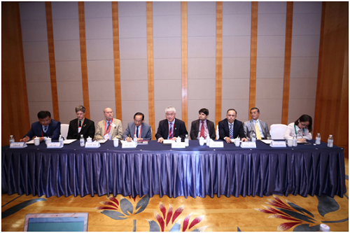 汶川地震十周年国际研讨会组织与会外籍专家接受媒体集体采访