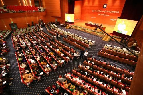 2017年5月29日,缅甸第二届21世纪彬龙会议暨联邦和平大会闭幕式在内比都举行。(新华社)