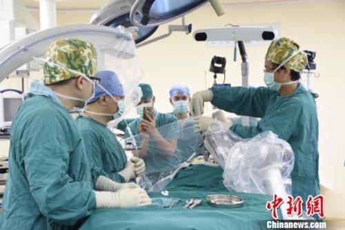 县医院收入_大化县考察团来鹿考察学习公立医院薪酬制度改革