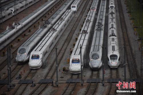 """受台风""""山竹""""影响 进出云南列车大面积停运"""