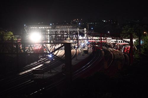 这是10月21日拍摄的列车出轨翻覆事故现场。新华社记者 金良快 摄