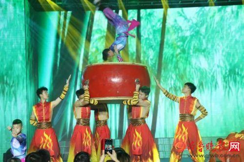 传统文化+快闪!全国青少年传统文化爱好者相聚山东曲阜