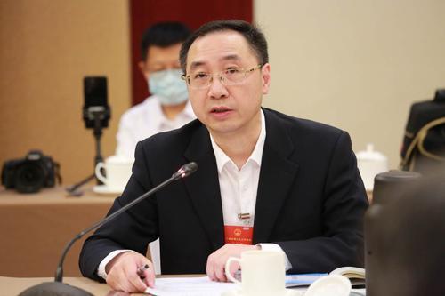 叶仁荪代表:内设机构改革有利于更好发挥法律监督职能图片