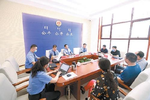 内蒙古:大检察官包案督查化解重点信访事项图片
