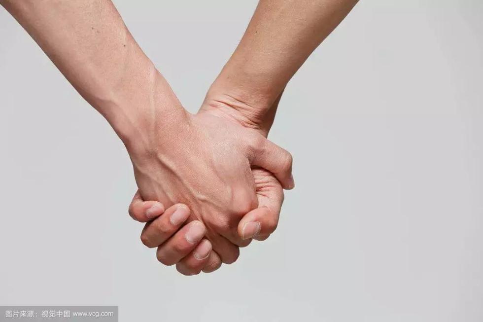 人民日报评论:同性恋绝非一种精神疾病