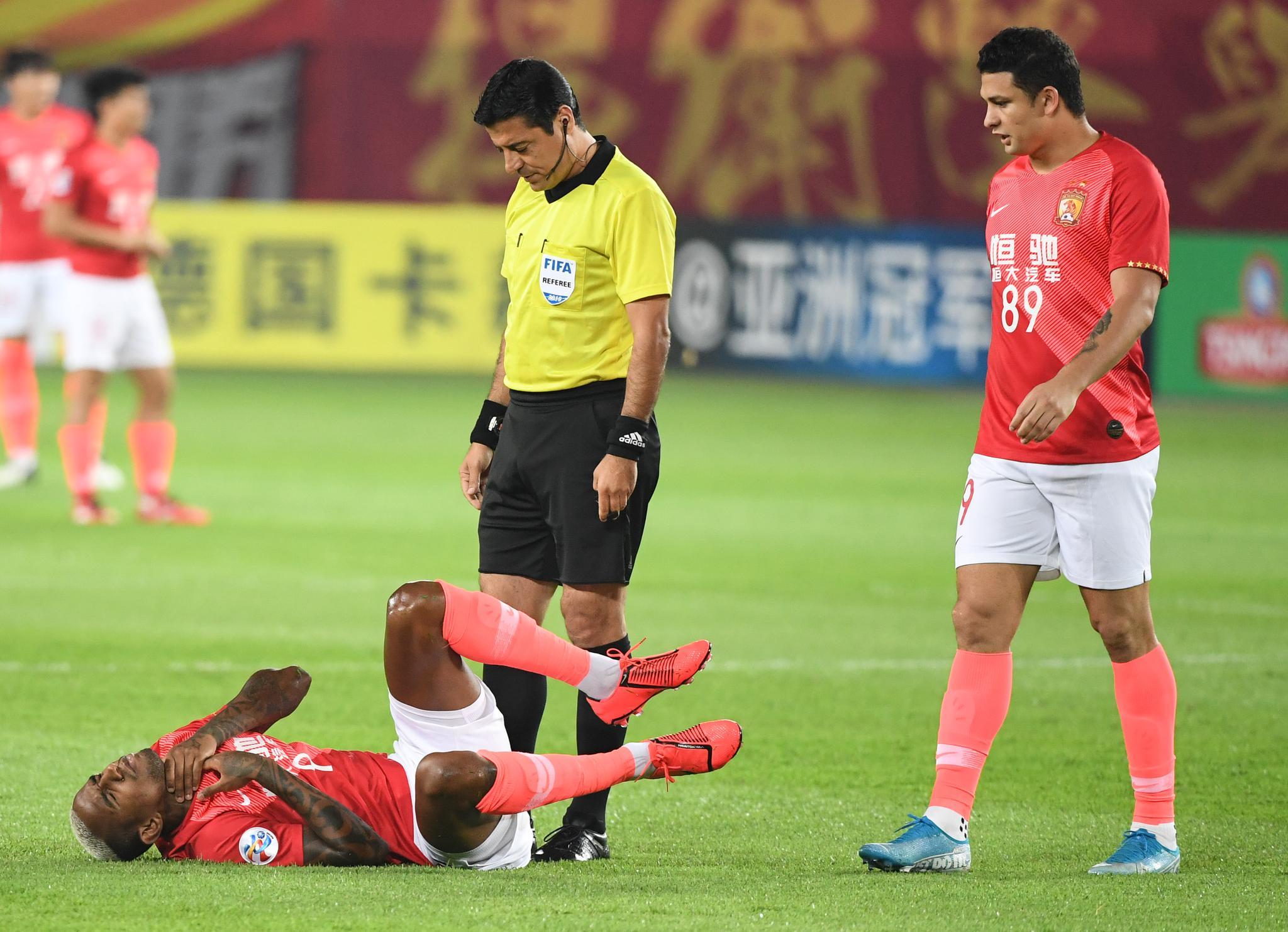 亚冠|快讯:广州恒大再负浦和红钻无缘决赛