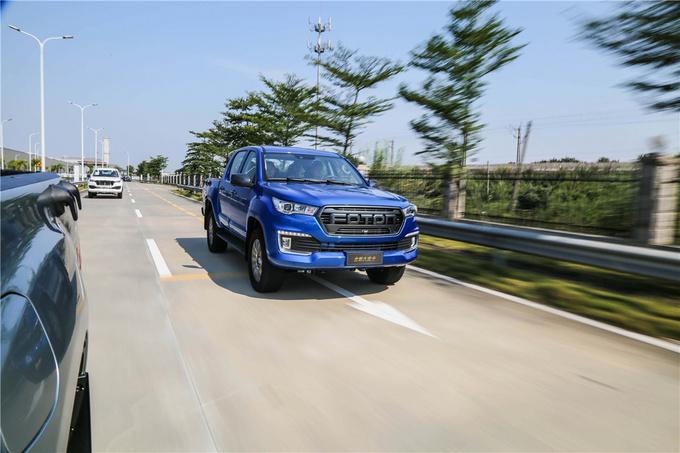 福田拓陆者全新皮卡正式开启预售 1940mm超宽车身 欧康新动力