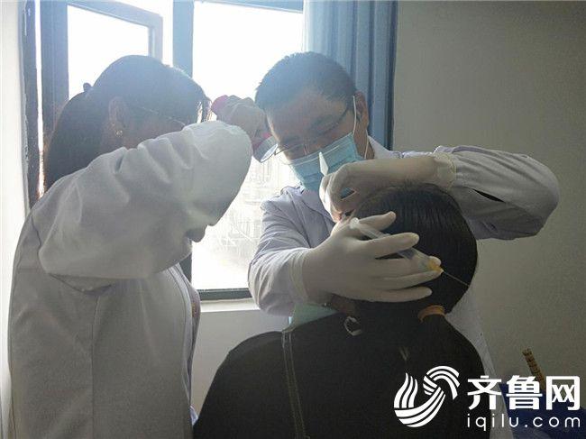 刘浩:迫切需要帮助藏族群众建立口腔卫生保健意识