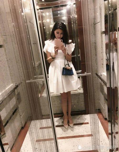 李嘉欣家里的电梯不是用来坐的?只怪许晋亨太宠她了!