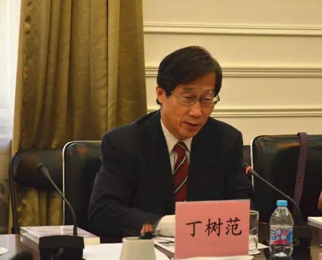 台湾学者:美国想引诱中国大陆对台湾动武图片