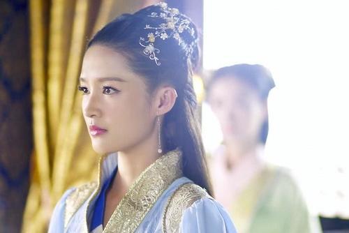 《狼殿下》即将播出,李沁终于熬成女主,但男一男二能换一下吗?