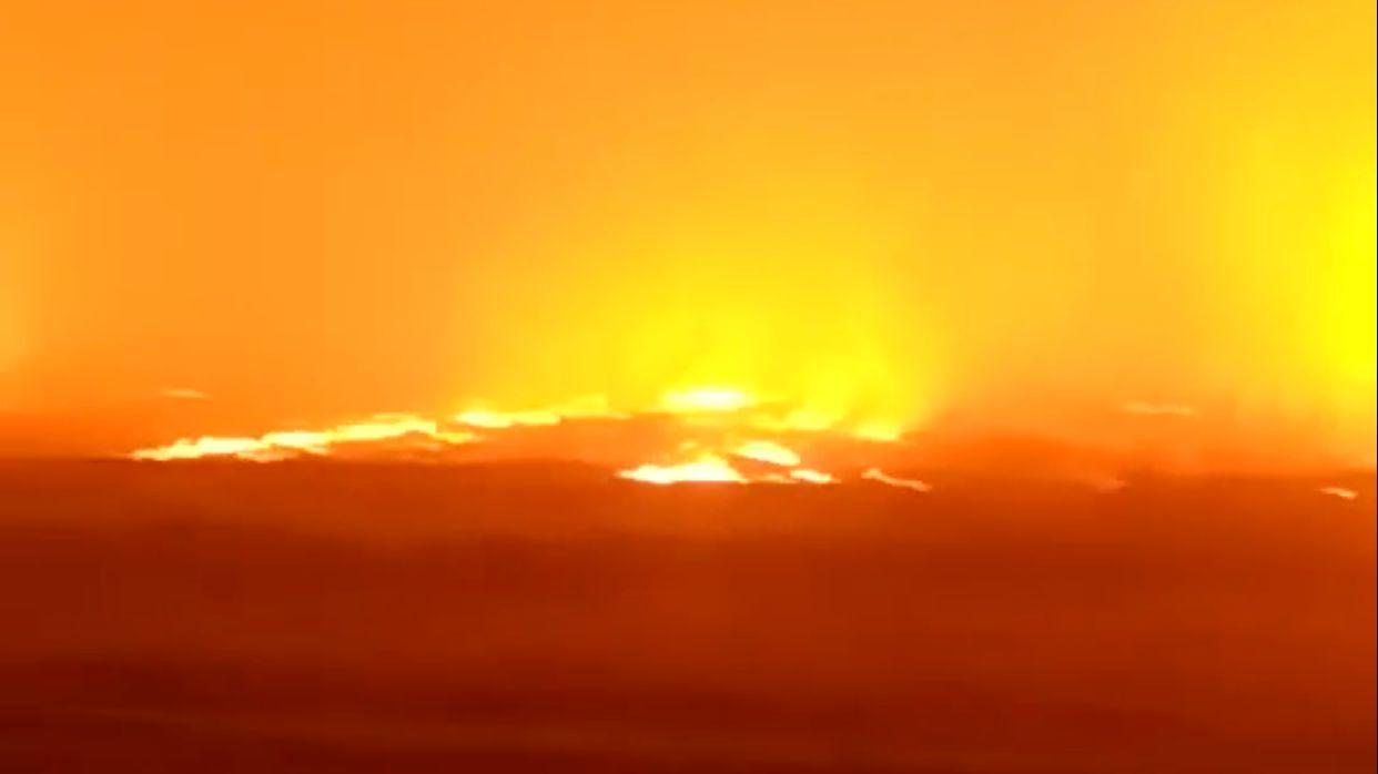 消防員表示,爲大地火災無人員傷亡。網絡視頻截圖。